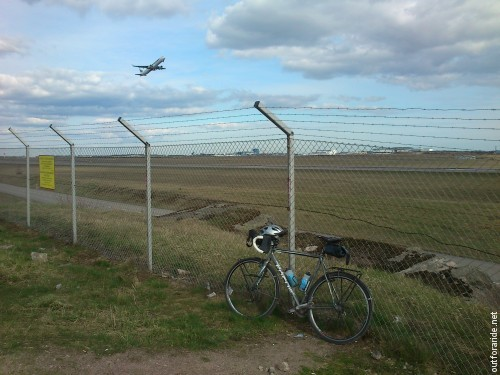 Helsinki-Vantaa airport is just the right distance from downtown for an after-work workout ride.